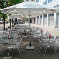 Foto tomada en Muxia Bar-Restaurant por Rodrigo C. el 2/5/2015