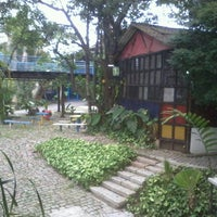 Photo taken at Parque Escola by Rose B. on 3/7/2013
