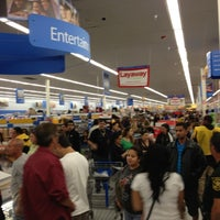 Photo taken at Walmart Supercenter by Midorikai on 11/23/2012