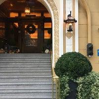 Photo taken at Hotel Drisco by Kinjil M. on 10/25/2016