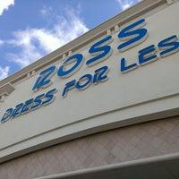 3/1/2014에 Zach R.님이 Ross Dress for Less에서 찍은 사진