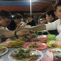 Photo taken at ข้าวต้มทอง บ้านโป่ง by Vin P. on 7/14/2017