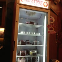 Photo taken at Cold Stone Creamery by 안젤라 민. on 1/26/2013