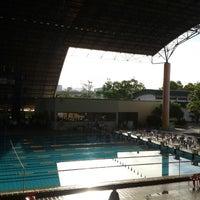 Photo taken at Kompleks Sukan Likas Swimming Pool by Derrick L. on 1/31/2015