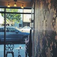 Photo prise au Wrecking Ball Coffee Roasters par Layton D. le10/4/2014