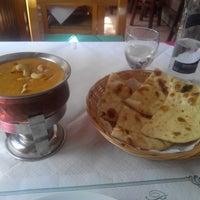 Photo taken at Taste Of Punjab by Neroncete N. on 8/27/2014