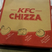 Photo taken at KFC by Azizul Haizum Rahmat on 2/24/2017