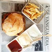 Foto tomada en Restaurante GOM por Juanma C. el 9/18/2014
