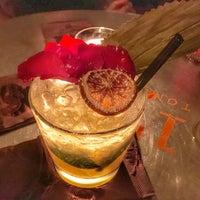 3/19/2017 tarihinde Janeth S.ziyaretçi tarafından Bloody Mary Cocktail Lounge'de çekilen fotoğraf