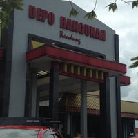 Photo taken at Depo Bangunan by Ari T. on 12/17/2016
