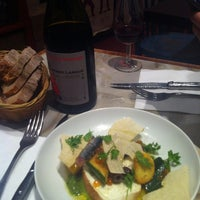 Photo taken at Le Verre Volé - Le Bistrot by Yewon H. on 10/18/2012