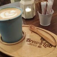 11/15/2014 tarihinde Güven E.ziyaretçi tarafından Coffee Brew Lab'de çekilen fotoğraf