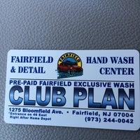 รูปภาพถ่ายที่ Fairfield Hand Carwash โดย Thao D. เมื่อ 8/10/2014