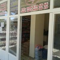 Photo taken at doğan kardeşler ambalaj züccaciye temizlik ürünleri by aykut a. on 9/30/2014