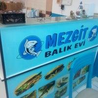 Photo taken at Mezgit Balık Evi by Muhammer G. on 2/27/2015