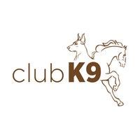 12/17/2016 tarihinde Club K9ziyaretçi tarafından Club K9'de çekilen fotoğraf