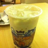 Снимок сделан в TeaTap Cafe пользователем Norman B. 12/4/2012