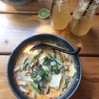 Foto scattata a Hum vegan cuisine da Mirka V. il 4/28/2018