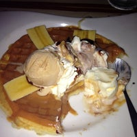 Photo taken at Crepes & Waffles by Maru C. on 12/7/2012
