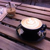 Photo taken at distrikt COFFEE by DD on 6/17/2015