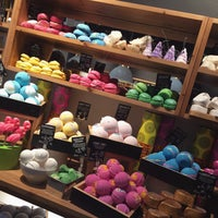 Photo taken at LUSH by Shary . on 4/2/2016