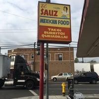 9/20/2017 tarihinde Vahan A.ziyaretçi tarafından El Sauz Tacos'de çekilen fotoğraf