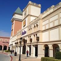 Foto tomada en San Marcos Premium Outlets por Mark A. el 1/22/2013