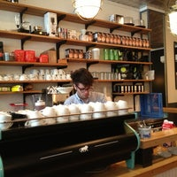 Das Foto wurde bei Café Humble Lion von Stephanie G. am 7/3/2013 aufgenommen