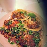 Photo prise au Tacos el Cuñado par Quique R. le5/24/2014