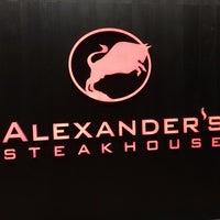 รูปภาพถ่ายที่ Alexander's Steakhouse Tokyo โดย Akinori K. เมื่อ 7/15/2017