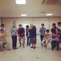Photo taken at YOEC よしもと沖縄エンターテイメントカレッジ by ヒロユキ キ. on 12/26/2013