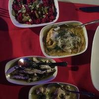 9/28/2017 tarihinde Turkan T.ziyaretçi tarafından Gelos Dinner&Drink'de çekilen fotoğraf