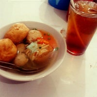 Photo taken at Bakso Sapi Muda by Geenha on 10/1/2012