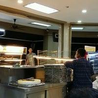 Photo taken at Restoran Makbul Nasi Kandar by Ronny M. on 2/23/2017