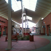 Photo taken at Chicago Premium Outlets by Erick P. on 1/3/2013