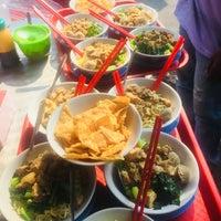 Photo taken at Mie Ayam Jhon by Donatello on 8/21/2018