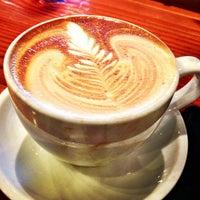Das Foto wurde bei Metropolis Coffee Company von Bleu C. am 4/7/2013 aufgenommen