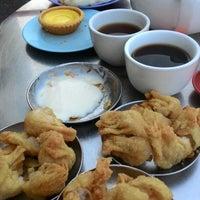 Photo taken at Tuck Sai Cafe by Douglas N. on 8/29/2015