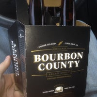 Photo taken at Lundeen's Liquor by orbaddict on 12/2/2013