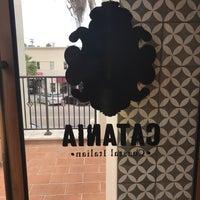 Photo prise au Catania Restaurant par Richard S. le8/26/2017