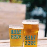7/22/2018 tarihinde Marianna F.ziyaretçi tarafından Half Acre Beer Company Balmoral Tap Room & Barden'de çekilen fotoğraf