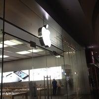 Photo taken at Apple by Pedro C. on 10/23/2013