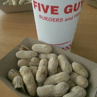 Photo taken at Five Guys by Phil Y. on 8/30/2015