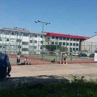Photo taken at 19 Mayıs Üniversitesi Tenis Kortları by Onur .. on 4/19/2016