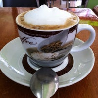 Photo taken at Vossé cafe & paisserie by Fer C. on 8/19/2014