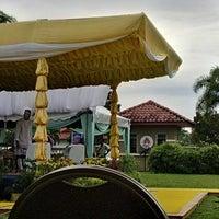 Photo taken at Kompleks Islam Jubli Perak Sultan Ismail Petra by Ahmad N. on 1/29/2015