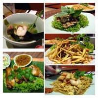 Photo taken at Thai Express by Rebecca S. on 7/15/2013