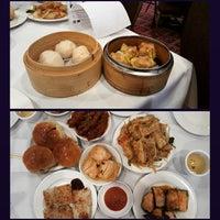Photo taken at La Maison Kim Fung 金豐酒家 by Nivedha K. on 5/16/2015