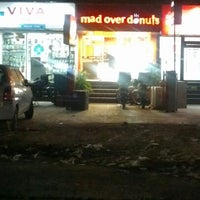 Photo taken at Mad Over Donuts by Ankita P. on 10/20/2012