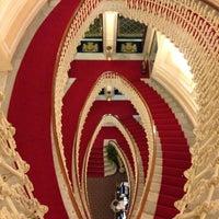 Foto scattata a Hotel Bristol Palace da Alena T. il 5/1/2013